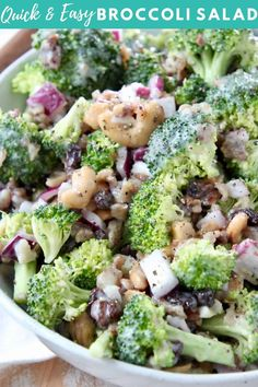 It only takes 10 minutes to whip up THE BEST Broccoli Salad ever, made with bacon, raisins and cashews! It's so easy to make & always a crowd favorite! Best Broccoli Salad Recipe, Easy Broccoli Salad, Fresh Broccoli, Healthy Salad Recipes, Quick Recipes, Side Dish Recipes, Vegetarian Recipes, Popular Recipes, Delicious Recipes