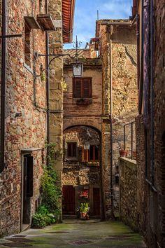 Anghiari by Massimo Galeno on 500px