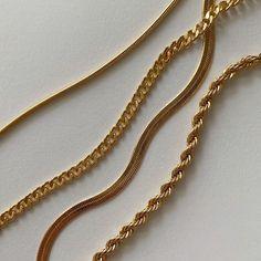 Ear Jewelry, Dainty Jewelry, Cute Jewelry, Photo Jewelry, Mens Chain Necklace, Gold Choker Necklace, Pendant Necklace, Gold Pendant, Golden Jewelry