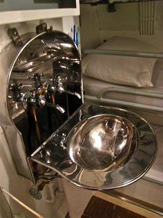 Folding Sinks   Good Use Of Space