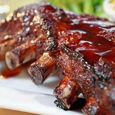 Ribs Au Four, Fun Cooking, Cooking Recipes, Rub Recipes, Ceramic Grill, Bbq Pork Ribs, Sauce Barbecue, Sauce Tomate, Spare Ribs