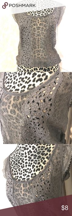 Ruehl Gray Lace Top-size S Adorable Ruehl Gray Lace Top-size S.. lace is in excellent condition, no pulls.. has a drawstring waist.. last picture is drawstring undone, so you can see how long it falls, without tying it.. Ruehl Tops Blouses