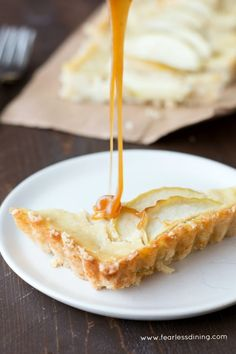 Get ready to drool because this easy gluten free vanilla custard filled caramel apple tart is not only easy to make, it is full of caramel apple flavors.