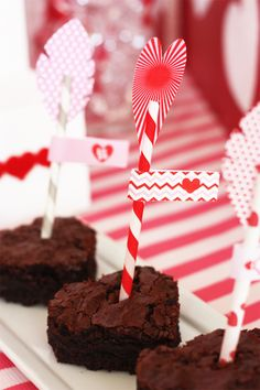 shot through the heart brownies- easy arrow tutorial