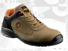 Zapatilla Holler Blitz Low.  28,00€   La mayor variedad de calzado de seguridad con la mejor relación calidad-precio en tiempolaboral.com y tiempozamora.es Mens Fashion Shoes, Timberland Boots, Clothing, Best Relationship, Safety, Dressing Rooms, Footwear