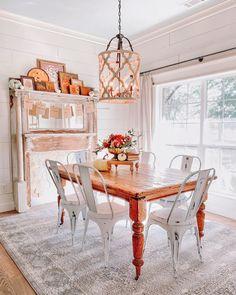 Simple Farmhouse Fall Dining Room