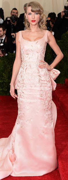 See Every Look on the Met Gala Red Carpet, Including Taylor Swift's Oscar de la Renta Gown.