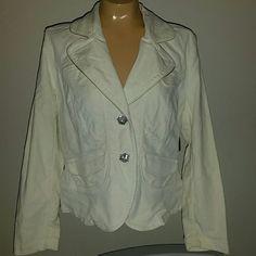Pale yellow jacket NEW Kikit jeans pale yellow jacket blazer. Size medium. New with tags! kikit jeans  Jackets & Coats