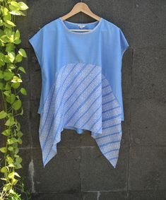 Model yang stylish dan bahan yang nyaman dapat dipakai untuk sehari-hari. Fabric: Batik cap Garutan & katun
