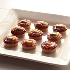 Amendoinhas: Cute, delicate and moist almond cakes, gluten-free and so easy to make.