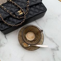 Coffee And Books, Coffee Love, Fashion Bags, Fashion Accessories, Everything Designer, Chanel Cruise, Classy Aesthetic, Bvlgari Bags, Beige