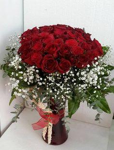 41 Adet Kırmızı Gül,Pendik Çiçek, Pendik Çiçek Gönder, Pendik Çiçek Siparişi, Pendik Çiçekçisi, Pendik Çiçekçiler, Pendik Çiçekçilik, 0216 384 7038, Pendik Çiçekçisi