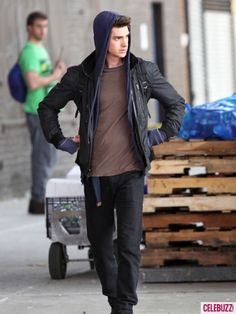 This Andrew Garfield on the set of The Amazing Spiderman leather jacket is worn by Andrew Garfield . This jacket is made in black sheepskin leather.