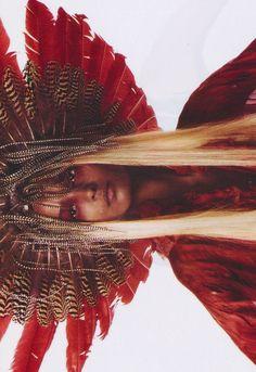 "Liya Kebede/Vogue Italia March 2003 ""Prêt-à-porter"" by Steven Meisel Tribal Fashion, Boho Fashion, Fashion Beauty, Liya Kebede, Vogue, Steven Meisel, Wild Hearts, Headdress, Lady In Red"