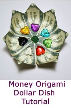 Money Dish Origami Dollar Folded Tutorial DIY A dish of money is a great gift and home decoration. You will need 7 dollar bills, a double-sided tape, a piece of cardboard. Only folded origami, no glue. Easy tutorial. Do you like this origami? I wish you pleasant viewing! Origami Gifts, Dollar Origami, Dollar Bills, Diy Tutorial, Tape, Great Gifts, Dish, Packing, Money