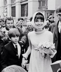 Audrey Hepburn and son Sean for her wedding with Andrea Dotti on January Audrey Hepburn Photos, Audrey Hepburn Style, Bette Davis, My Fair Lady, British Actresses, Happy Girls, Timeless Beauty, Old Hollywood, Style Icons