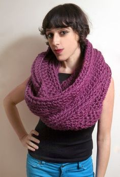 Really big circle scarf. Must make. Do you knit this in the round?