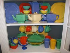 """Tabletop Time - """"Rivera"""" dinnerware by Homer Laughlin"""
