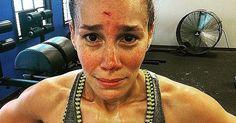 Workout fails http://www.popsugar.com/fitness/CrossFit-Fails-37762251?utm_content=buffere553b&utm_medium=social&utm_source=pinterest.com&utm_campaign=buffer#photo-37762258