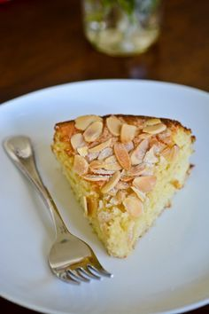BLISS - blissful eats with tina jeffers: Lemon, ricotta and almond flourless cake