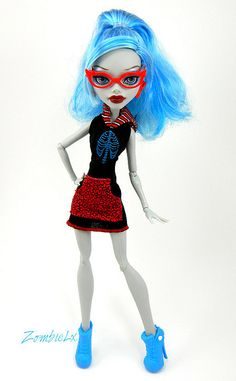 Ghoulia by ZombieliciousX