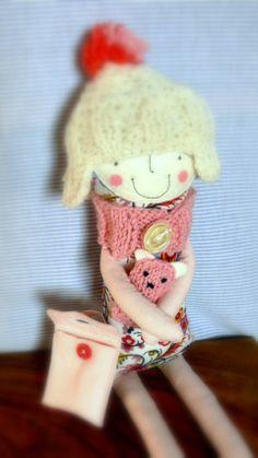 Sapkás Mici és Bubu, miniwerka, meska.hu #doll #bear #toy #for #girls Handmade Soft Toys, Handmade Gifts, Girl Dolls, Rag Dolls, Dress Up Dolls, Teddy Bear, Bear Toy, Doll Maker, Softies