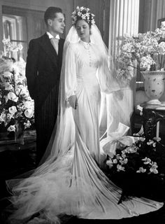 1940s Wedding Dresses 1930s 1940s Women S Fashion S Collection Of 80 1940s Wedding Ideas