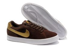 Nike Blazer Solde Low Hommes 1972 Suede Chaussures Brown Or http://www.nikeinfrance.com/ https://www.facebook.com/pages/Chaussures-nike-originaux/376807589058057