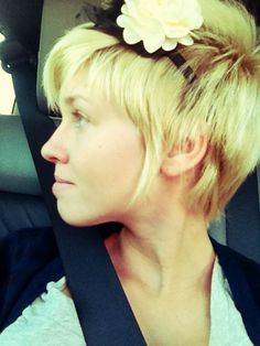 how to grow a pixie haircut into a bob