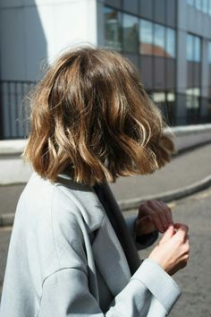 hairstyle ideas for short hair hair styles Brittany Bathgate Medium Hair Styles, Curly Hair Styles, Hair Color And Cut, Short Hair Colour, Grunge Hair, Wavy Hair, Fine Hair, Thick Hair, Wavy Lob