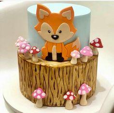 Piggy Cake, Fox Cake, Cupcake Cakes, Cupcakes, Woodland Cake, Jungle Cake, Animal Cakes, Delicious Cake Recipes, Unique Cakes