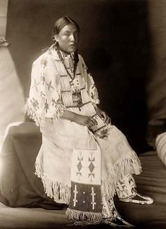 picture of a Sioux Girl.  It was created in 1907 by Edward S. Curtis.