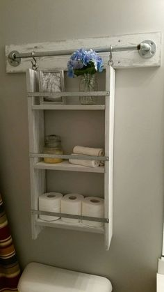 Easy Small Bathroom Storage Ideas - Octopus Tattoo - Garden Pot Design - DIY Bathroom - Hairstyle For School - Ideas DIY Jewelry Rustic Bathroom Shelves, Rustic Bathroom Decor, Small Bathroom Storage, Simple Bathroom, Rustic Decor, Bathroom Cabinets, Bathroom Vanities, Bedroom Storage, White Bathroom