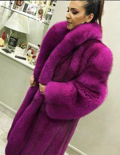 Fox Fur Coat, Fur Coats, Fur Fashion, Womens Fashion, Fabulous Fox, Fur Jacket, Chic Outfits, Faux Fur, Sexy Women
