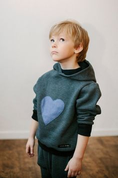 Gray hoodie with pockets for kids, with heart print  / hooded jumper  for kids / children / toddler / thick jersey jacket for girls and boys