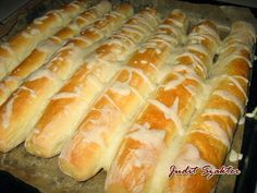 Healthy Homemade Bread, Love Is Sweet, Bread Baking, Hot Dog Buns, Tapas, Food And Drink, Rolls, Yummy Food, Sweets