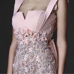 ag your friends ------------------------------------ Simple Dresses, Elegant Dresses, Nice Dresses, Evening Dresses, Prom Dresses, Formal Dresses, Wedding Dresses, Couture Dresses, Fashion Dresses