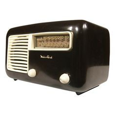 VINTAGE STREAMLINE BAKELITE MEIER & FRANK TUBE RADIO | DECORATIVE ONLY - $180.