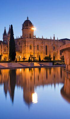 Mosteiro dos Jerónimos, em Lisboa, Portugal | 32 Lugares Stupendous em Portugal cada amante do curso deve visitar