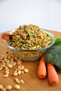 Simple comme un taboulé de quinoa à l'asiatique Healthy Dinner Recipes, Vegetarian Recipes, Cooking Recipes, Healthy Drinks, Clean Eating, Healthy Eating, Healthy Bars, Quinoa Tabouleh, Asian Recipes