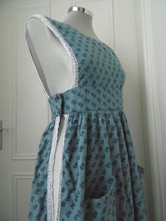 true vintage 1970s Laura Ashley Made in Wales peasant pinafore blue floral S | eBay