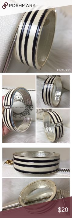 Black & Cream Stripe Designer Bangle Black & Cream Stripe Designer Bangle with Silver Trim, Hinges Half Inch Spring Loaded Bangle, Eye Catching and a Wonderful Accessory to Every Outfit,  Used in Excellent Condition Jewelry Bracelets