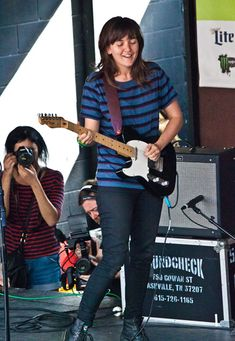 Courtney Barnett: The New Sensation | Premier Guitar