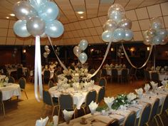 Beautiful Balloon Clouds at a Wedding Reception. Make them yourself with our step-by-step guide. Wedding Balloon Decorations, Cake Table Decorations, Banquet Decorations, Wedding Balloons, Birthday Decorations, Balloon Clouds, Balloon Arch, Balloon Garland, Floating Balloons