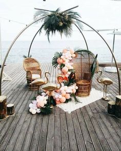 Phenomenal 22 Aloha Wedding Decoration https://weddingtopia.co/2018/02/22/22-aloha-wedding-decoration/ Whether you choose a genuine rustic or a truly glamorous theme for your fall wedding, the main matter to think about is the theme. #weddingdecoration
