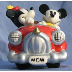 Your WDW Store - Disney Salt and Pepper Shakers - Mickey and Minnie Mouse In Car