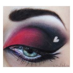 Red and Black Makeup. Ombré smokey eye with a winged eyeliner