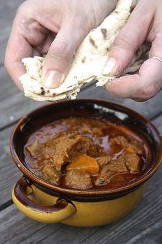 Een heerlijke goulash breng je extra op smaak door Original Spices Al-Andalus toe te voegen.