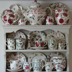 EB Collecion at Emma Bridgewater Emma Bridgewater Pottery, Vintage Tea Parties, Emma Love, Cozy Homes, Kitchen Dresser, Beautiful Color Combinations, China Sets, Cupboards, Kitchen Accessories