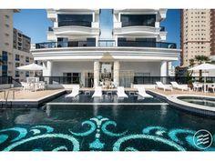 Apartamento 03 suítes (sendo 01 master com hidromassagem) 2 vagas a partir de R$ 2.180.000,00* em Balneário Camboriú SC